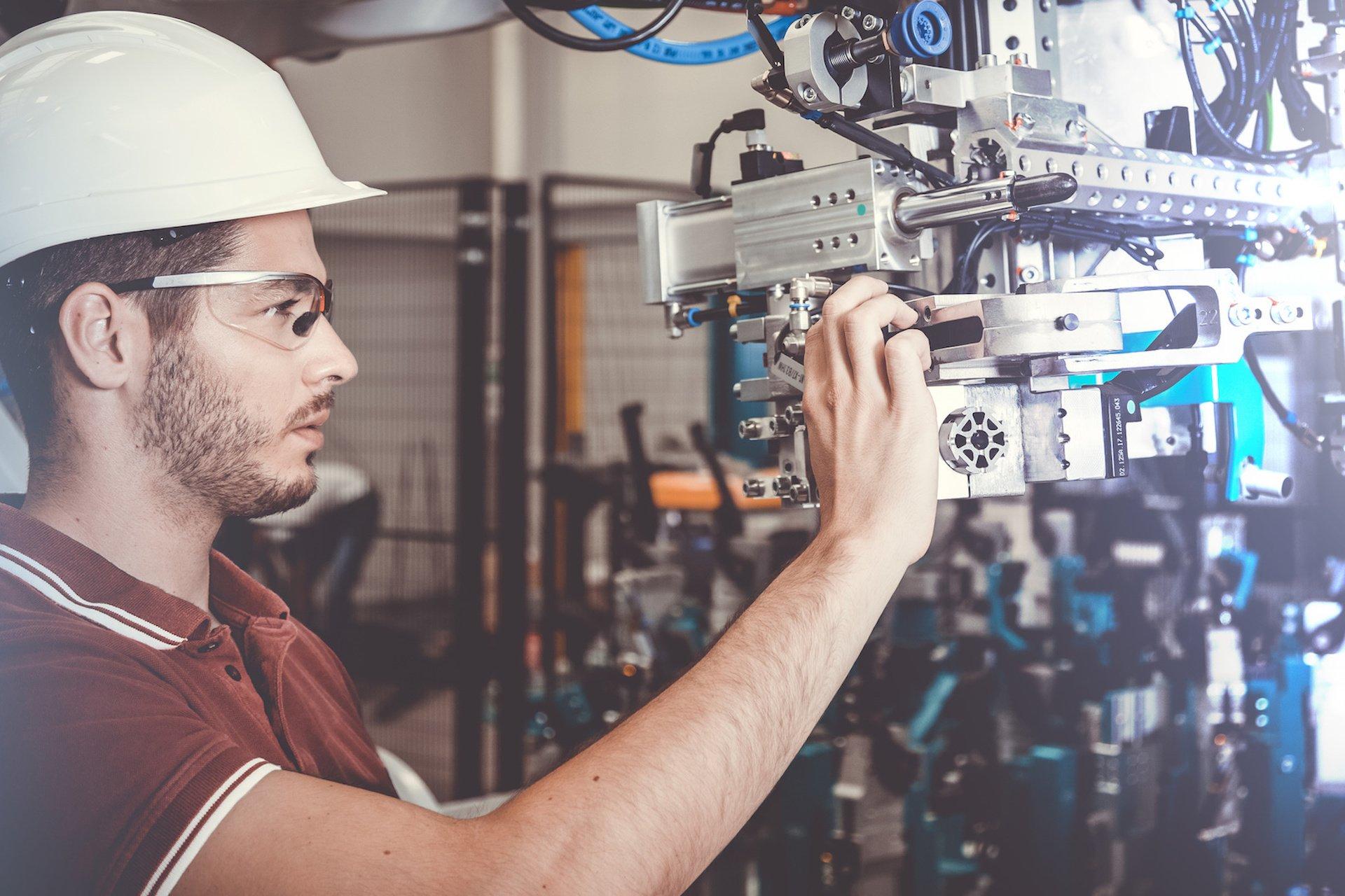 Techniker im Maschinenbau, Automotive, Robotik