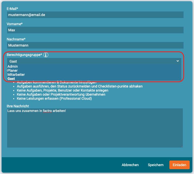 Ein Screenshot, der das Zuweisen der Berechtigungsgruppe beim Einladen in factro zeigt
